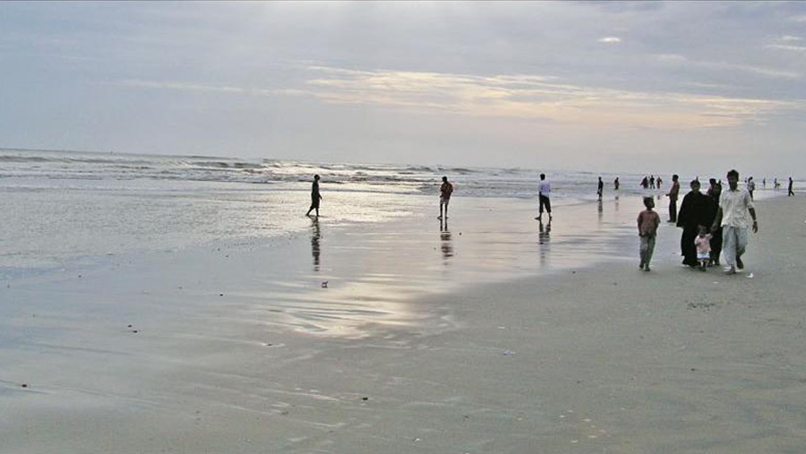 Cox's Bazar host tourists from Monday