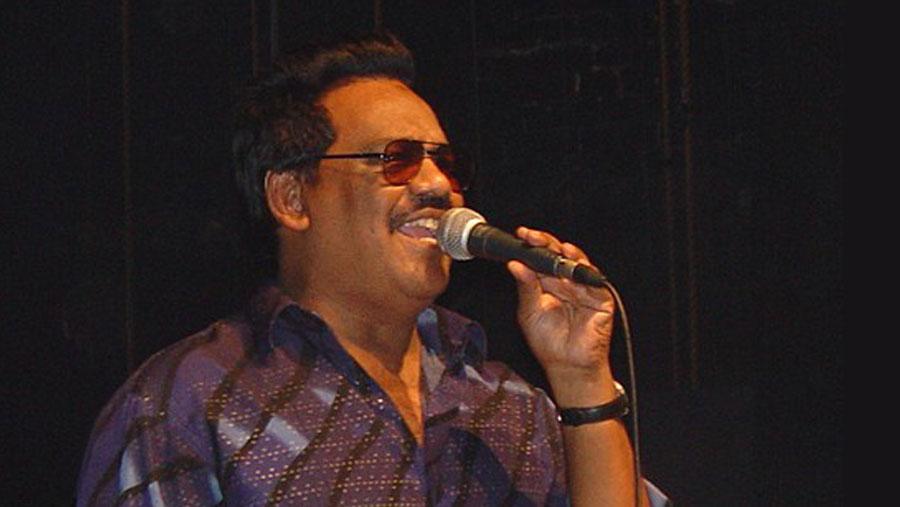 Pop legend Ferdous Wahid in ICU
