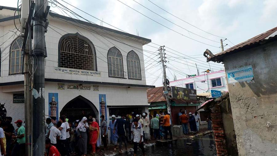 Death toll rises to 20 in AC burst at Narayanganj mosque
