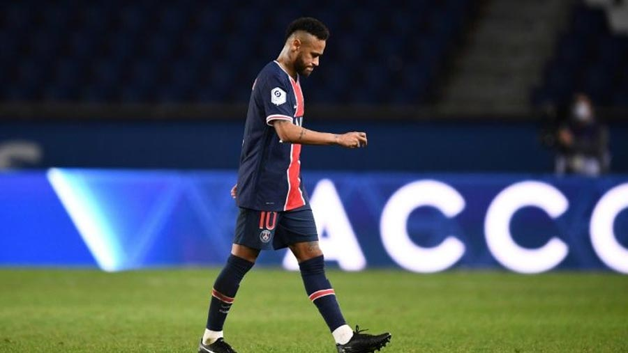 Marseille end PSG curse as Neymar among five sent off