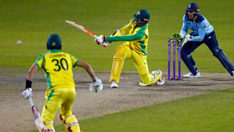 Australia beat England in thriller to clinch series