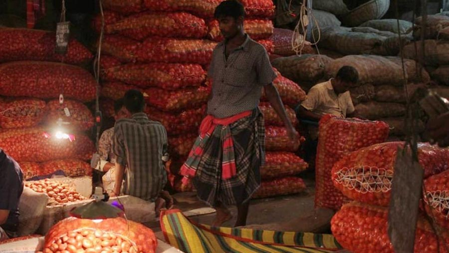 Govt withdraws 5 percent import duty on onion