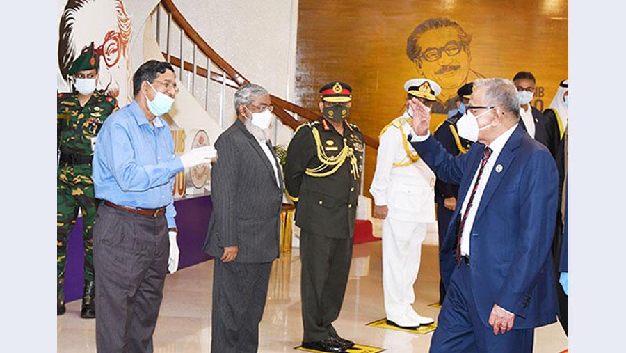 President off to Dubai for medical checkup