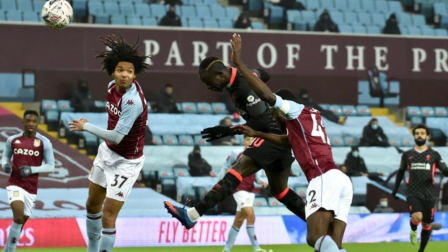 Liverpool overcome Aston Villa 4-1