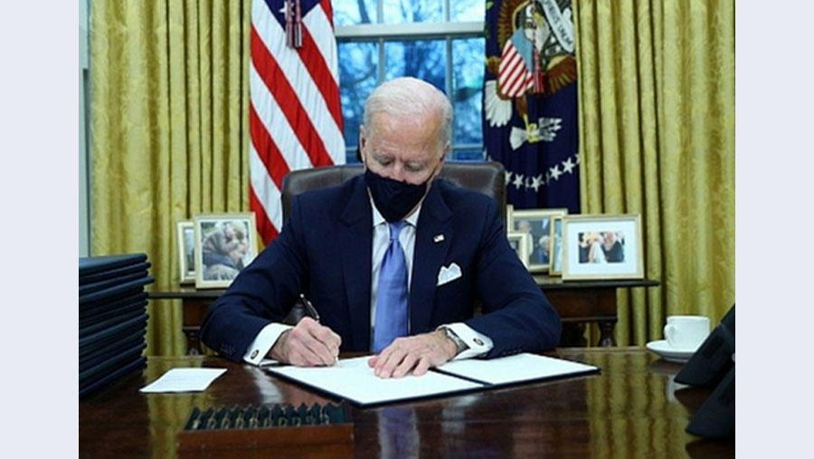 Joe Biden sets to work on reversing Trump policies