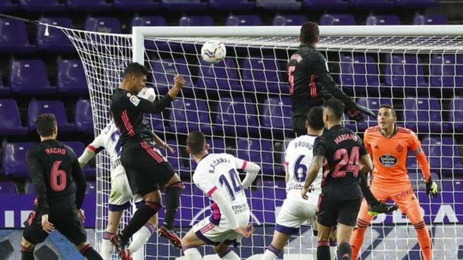 Madrid close on top spot after Atletico stumble again