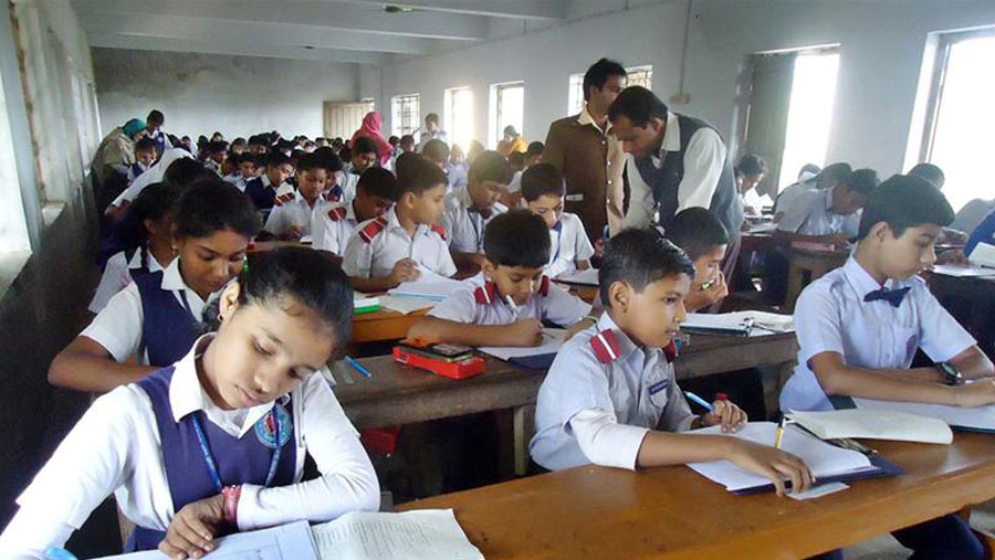 Closure of primary schools, kindergartens extended till May 22