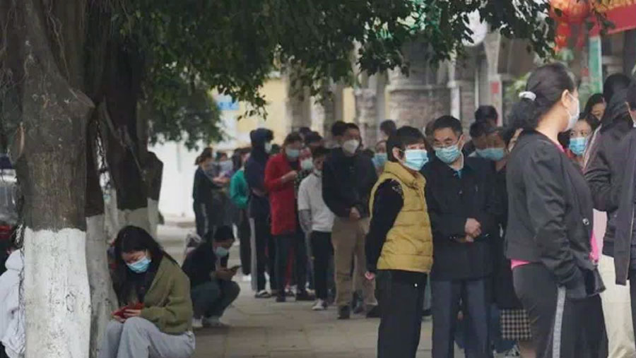 China closes Myanmar border bridge and orders city lockdown
