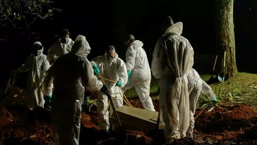 Brazil closes out deadliest month of Covid pandemic by far