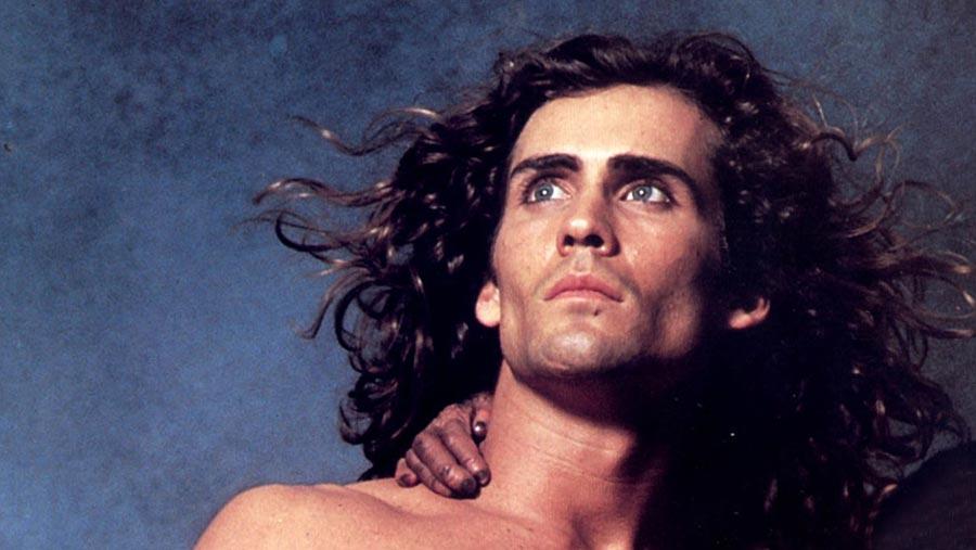 Joe Lara, star of Tarzan, dies in plane crash aged 58