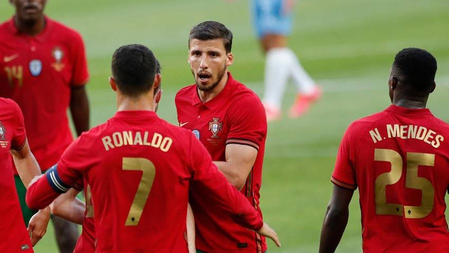 CR7 scores 104th int'l goal in warm-up win