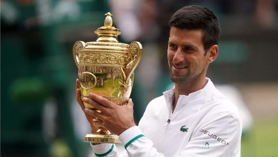 Djokovic wins sixth Wimbledon title