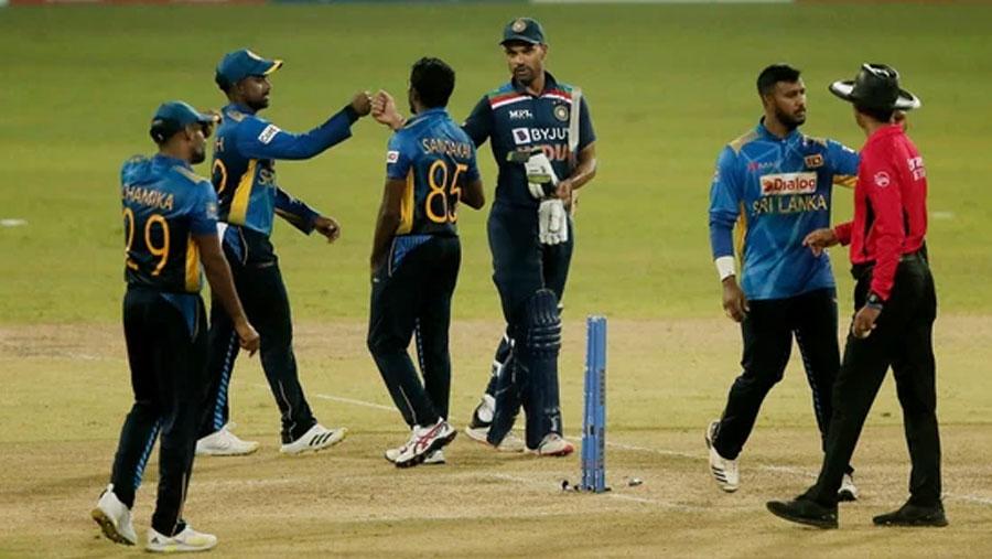 India thrash Sri Lanka by 7 wickets in 1st ODI