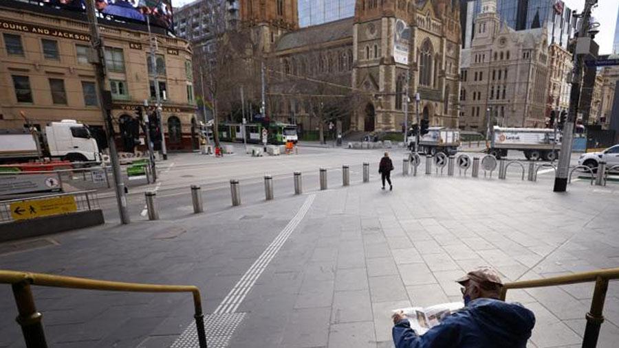 Melbourne extends Covid lockdown