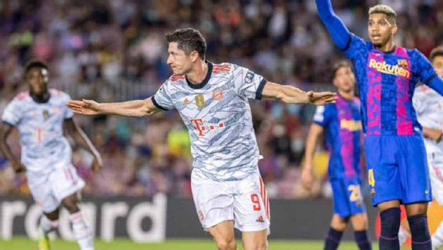 Lewandowski strikes twice as Bayern defeat Barca