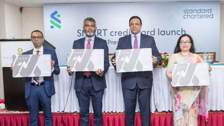 Standard Chartered launches SMART Card